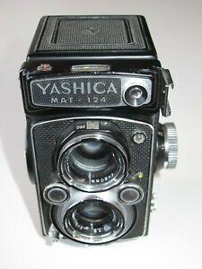 Cámara de fotografía YASHICA MAT-124