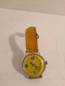 Vintage 1958 SNOOPY PLAYS TENNIS Wind WRIST WATCH Working with Band