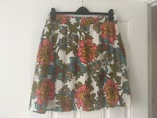 Beautiful Ladies Boden Skirt Size 18L Cotton Pockets Floral Print