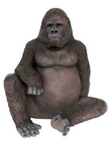 Gorilla Sitting life size