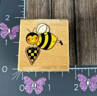 Rubber Stampede Flying Bumble Bee Holding Heart Rubber Stamp A2309C #Z80