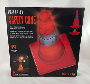 """Light Up LED Safety Cone Smart Gear NEW NIB 17"""" Cone Road Emergency Sports"""