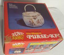 Vtg Fun & Fancy Morris Moppets Purse Kit - Wooden Sewing Box w/ Plastic Handle