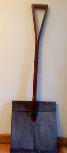 ANTIQUE 1800's WOODEN SNOW SHOVEL WITH A SPLIT WOOD HANDLE & METAL EDGE IN VGC