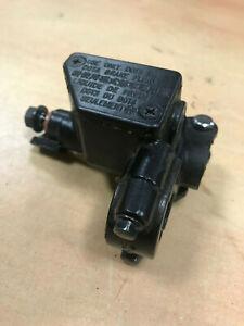 Genuine Peugeot Tweet 125 fi front brake master cylinder *no lever 2010-2017