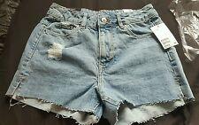 H&M azul claro cintura alta pantalones cortos UK 6-UE 34. a estrenar con las etiquetas, nunca usado.