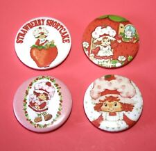 SET OF 4 VINTAGE STYLE STRAWBERRY SHORTCAKE BUTTON PIN BADGES