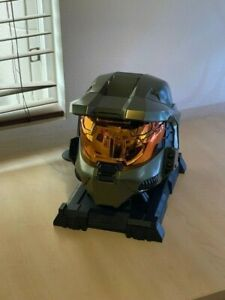 Halo 3 Legendary Collectors Edition Master Chief Helmet & Stand