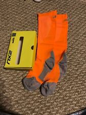 NEW ~ Women's 2XU Compression Performance Run Socks ~ Orange / Gray ~ M