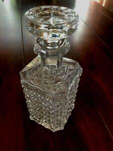 Alte Kristall Karaffe für Cognac oder Whiskey mit Glasstöpsel