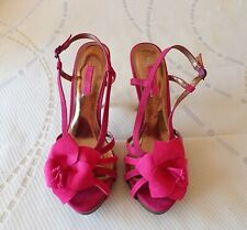 Ladies pink sandals size 4.5