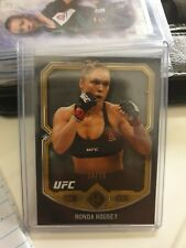 2017 Topps UFC Museum Collection Gold Base Parallel #38/75