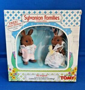 """Vintage"" Sylvanian families: Hickory & Lilly Windwood ""Woodland Wedding"""