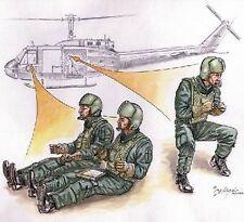 Czech Master 1/72 3 x US Helicopter crew Vietnam # F72080