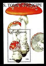 SAN TOME' E PRINCIPE - BF - 1988 - Funghi - Amanita muscaria