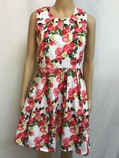 CAROLINE MORGAN SIZE 8 GORGEOUS FLORAL FIT AND FLARE DRESS
