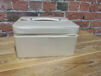 Estee Lauder Gold Make Up Vanity Storage Travel Cosmetic Case Hand Bag Box