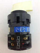 KRAUS & NAIMER	B9 D2R250-600 ES1	Blue Line Rotary Switch 4 Posn 3 Contacts
