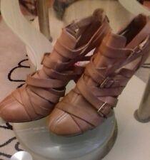 100%Leather Criss Cross Ladies shoes,medium hight heel,elegant,new without box
