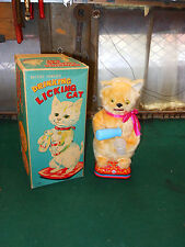 MINT 1950's or 60's BATTERY OPERATED DRINKING LICKING CAT TOY MIB JAPAN AMAZING