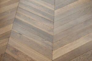 Oak Double Smoked & UV Oiled Chevron Wood Floor 600*90*18/4mm SR1804