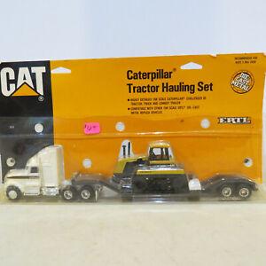 Ertl CAT Challenger 65 Hauler Set 1/64 Scale 7711-P