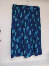 Lasdiies Lovely Beau Monde Blue Floral Calf Length Pleated Skirt Size 16, Vgc