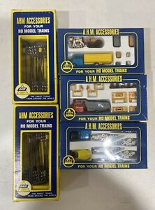 LOT OF 5  VINTAGE HO SCALE  A.H.M. ACCESSORIES 5614 5615 5616 5610 NOS