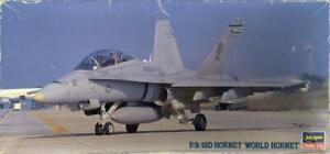 """1/72 Hasegawa Models F/A-18D HORNET """"WORLD HORNET"""" *MINT*"""
