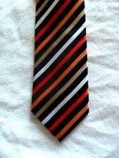 Vintage Di Maro Elegate Tie USA Polyester Green Abstract Necktie 56 x 3.75 Vintage Tie Shop T1662