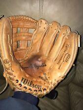 "Wilson A2120 baseball glove^^RHT 12""<>Kevin McReynolds<includes glove oil"