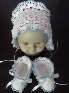 Crochet baby booties and hat  Newborn Set 0-3 m