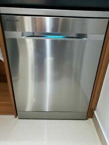 SAMSUNG Waterwall DW60H9950FS Full-Size Dishwasher-Stainless Steel Grade B