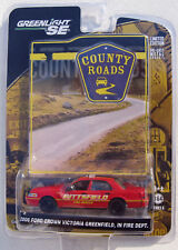 GREENLIGHT COUNTY ROADS SERIES 5 '06 FORD CROWN VICTORIA GREENFIELD IN FIRE DEPT