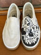 Men's 4.5 (Youth)~White Vans~One White, The Other is Personalized ~Drawn Graphic