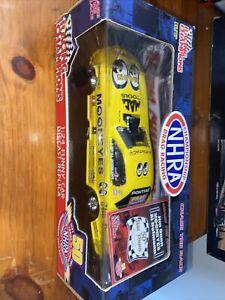 2001 jim dunn NHRA racing champions 1/24 diecast mooneyes