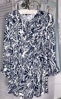 NEW Plus Size 2X Blue White Floral Blouse Pin Tuck Top Jersey Knit Zipper Shirt