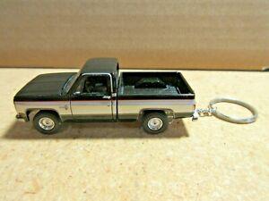 BLACK 1981 CHEVY SILVERADO 10  CUSTOM  KEY CHAIN 1/64 SCALE