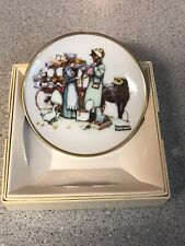 Norman Rockwell Four Seasons Mini Plate - 568, The Country Pedlar