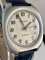 Vintage CARAVELLE by BULOVA Date Automatic Mens Wrist Watch