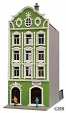 N Scale  4 STORY HOTEL - PODIATRIST BUILDING  BUILT-UP MODEL POWER New 2578