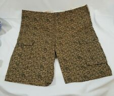 New Levis Camo Cargo 1 Shorts size 40 Relax Fit 124630305 New with Tags