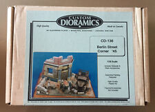 CUSTOM DIORAMICS CD 136 - BERLIN STREET CORNER '45 - 1/35 RESIN CERAMIC KIT