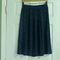 Leslie Fay Pleated Skirt   Size 12p   Floral Blue   Cute for Summer!