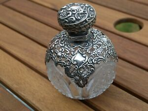 NICE ANTIQUE VICTORIAN HM 1898 STERLING SILVER ORNATE SCENT PERFUME BOTTLE