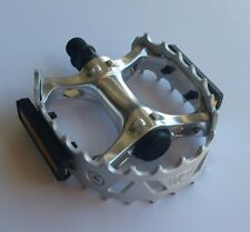 "Performance Bicycle  747 Alloy Bear Trap Pedals Mx Beartrap 9/16"" Silver Color"