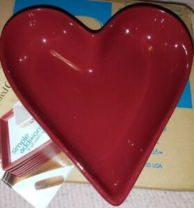 Pampered Chef Simple Additions Cranberry Red Heart Dish Bowl Plate
