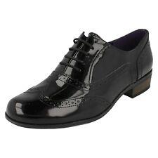 Clarks Ladies Vintage Style Brogue Shoes Hamble Oak 5.5 UK Black Patent E