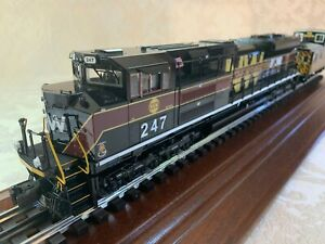 Lionel NORFOLK & WESTERN SD-70 and CA-4 CABOOSE 6-28345 6-27639