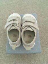 CLARKS girls toddler UK 4.5 F - beige